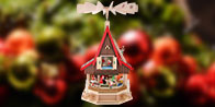 Christmas Pyramids · Adventhouses